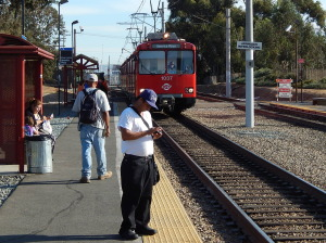 Noel 10-18-2014 Chula Vista trolley w old trainset